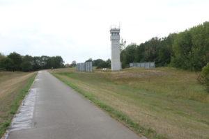 Grünes Band Elbe Radweg Grenzturm