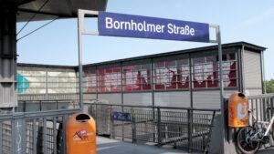 S-Bahn Bornholmer Straße Mauerweg Berlin