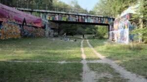 Berliner Mauerweg Radtour 2020 TOBO Brücke Graffiti Art