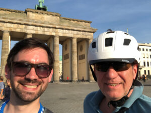 Berliner Mauerweg 2 Helden Brandenburger Tor