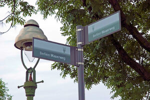 Berliner Mauerweg Berlin Gaslaterne